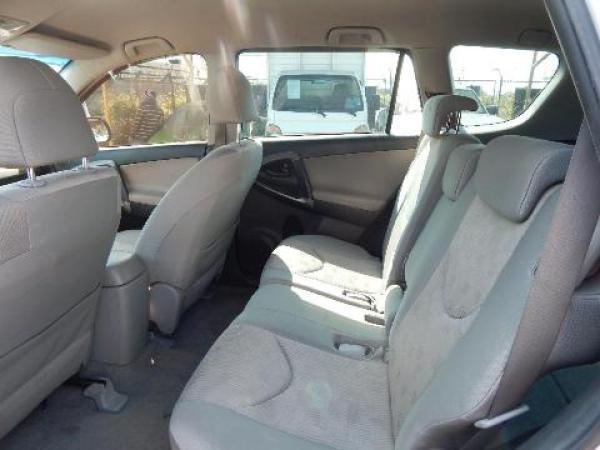 Toyota Rav 4 - año 2011
