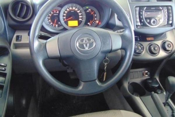 Toyota Rav 4 2. X2 año 2012