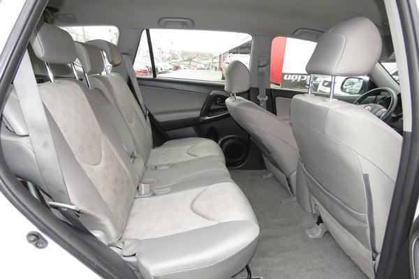 Toyota Rav 4 SUPER año 2012