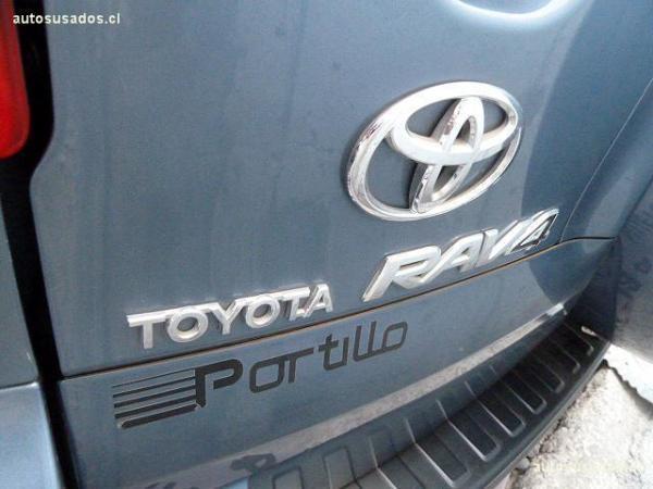 Toyota Rav 4 ST año 2012