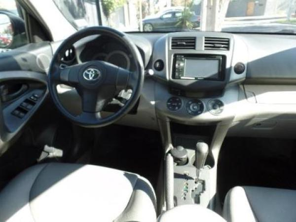 Toyota Rav 4 - año 2012