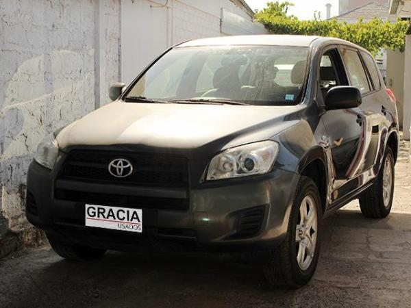 Toyota Rav 4 2.4 AT 4X2 año 2013