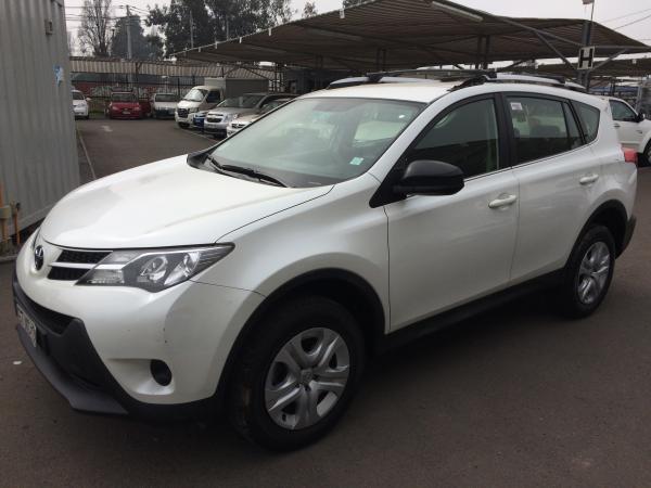 Toyota Rav 4 4X2 año 2014