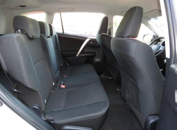 Toyota Rav 4  año 2014