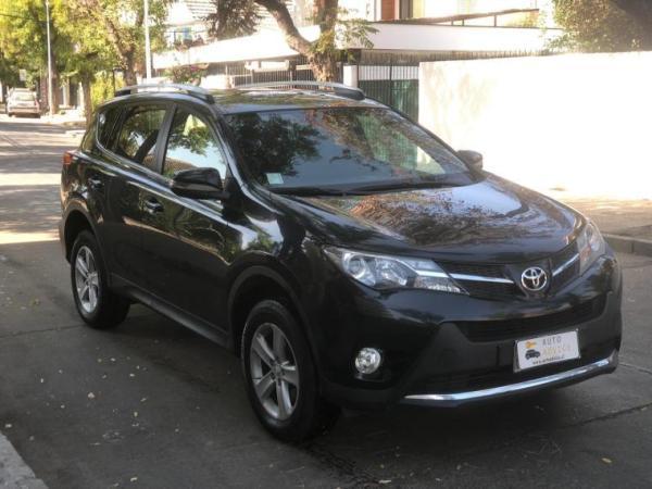 Toyota Rav 4 . año 2014