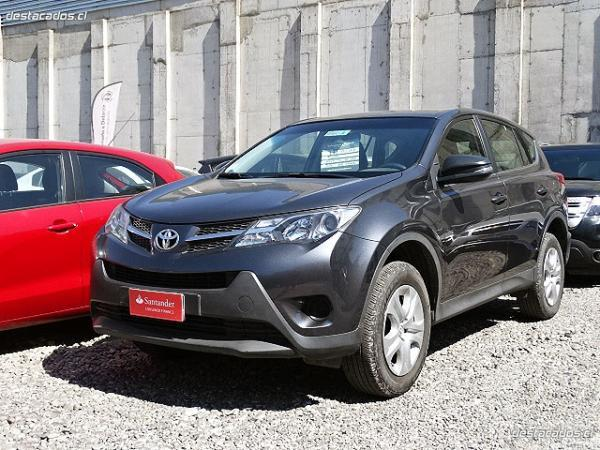 Toyota Rav 4 2.0 4x2 MT año 2014