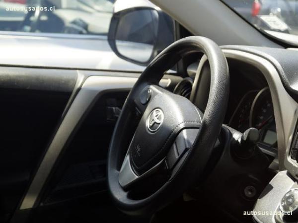 Toyota Rav 4 2.0 año 2014