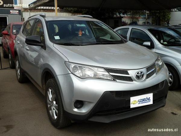 Toyota Rav 4 4X4 AT año 2015