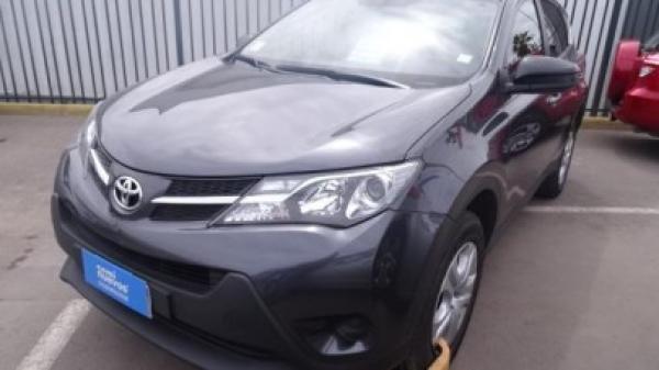 Toyota Rav 4 2.0 año 2015