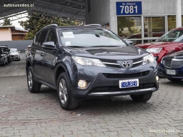 Toyota Rav 4 2.5 SUPER 4X2 MID año 2015