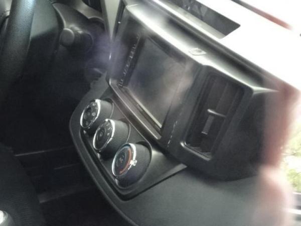 Toyota Rav 4 . año 2015