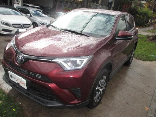 Toyota Rav 4  año 2017