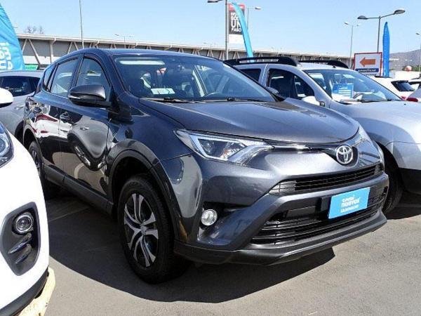 Toyota Rav 4 STD 4X2 año 2017