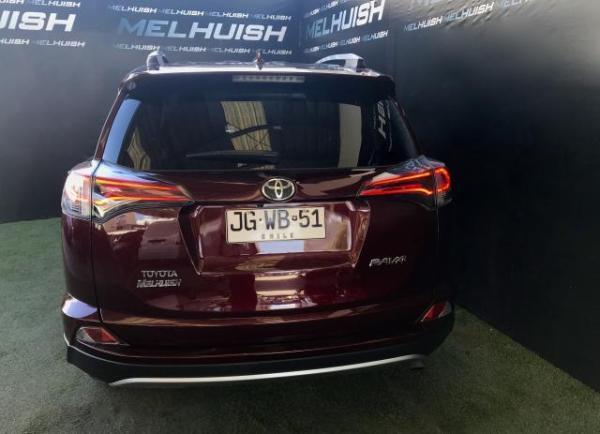 Toyota Rav 4 9.500 año 2017