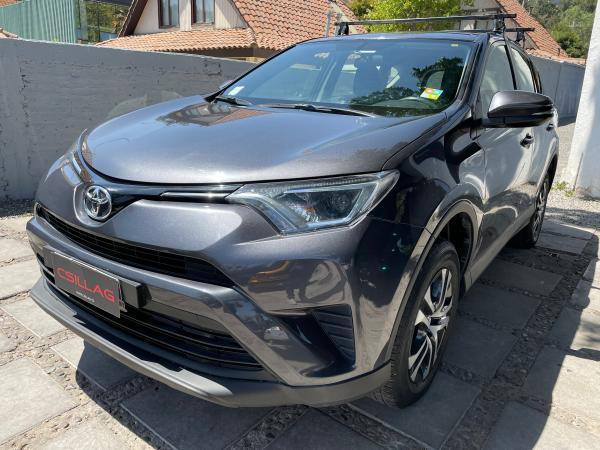 Toyota Rav 4 2.0 año 2017