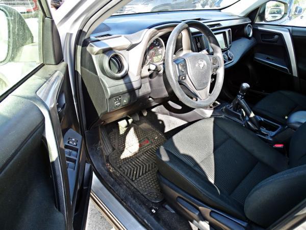 Toyota Rav 4 STD 4X2 722ML3 año 2018