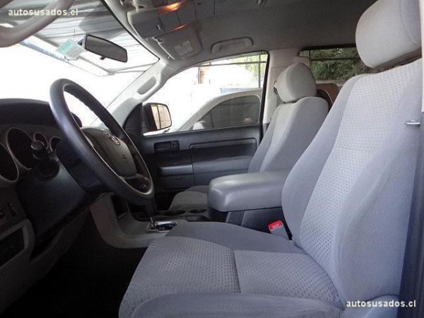 Toyota Tundra 5.7 4X2 año 2013