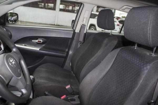 Toyota Urban Cruiser URBAN CRUISER AC/LL año 2011