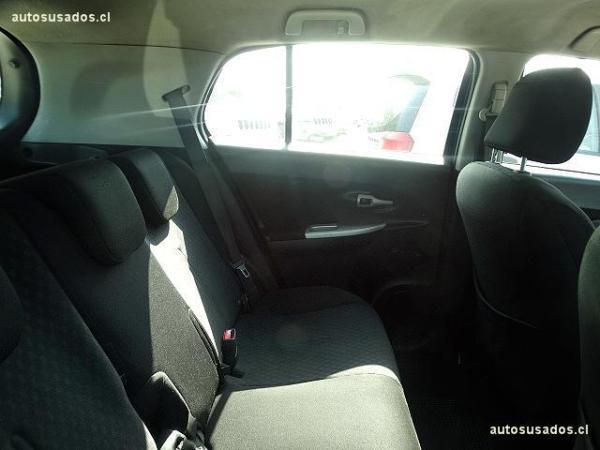 Toyota Urban Cruiser 1.3 año 2011