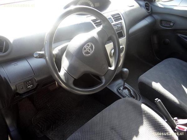 Toyota Yaris XLI año 2007