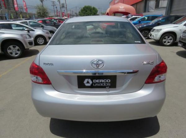 Toyota Yaris XLI año 2014
