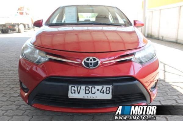 Toyota Yaris SEDAN XL año 2014