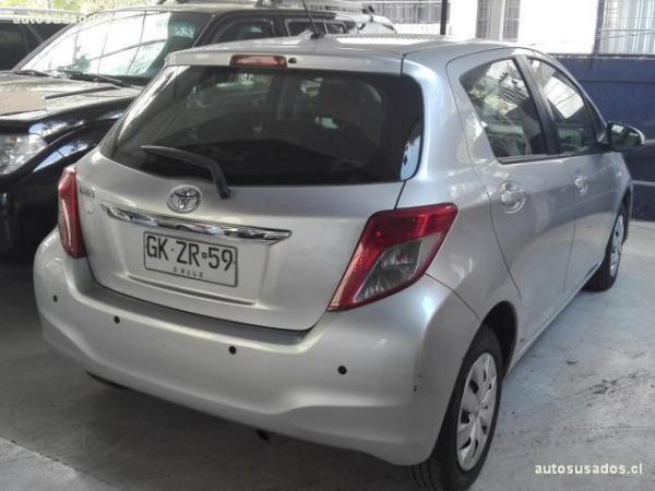 Toyota Yaris SPORT XLI 1.3 año 2014