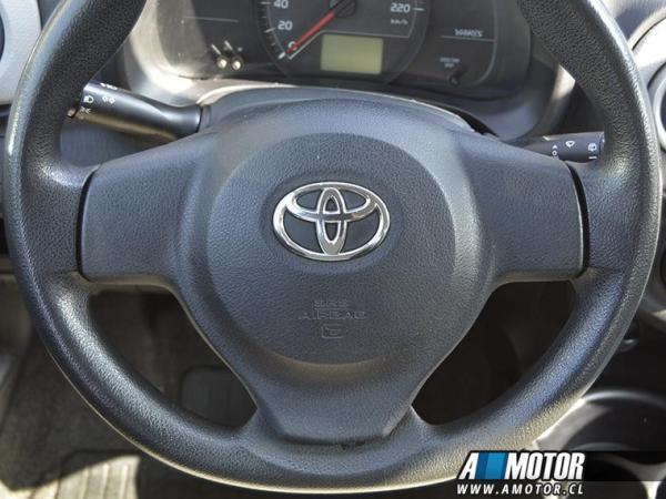 Toyota Yaris Yaris Sport Xli 1.3 año 2014