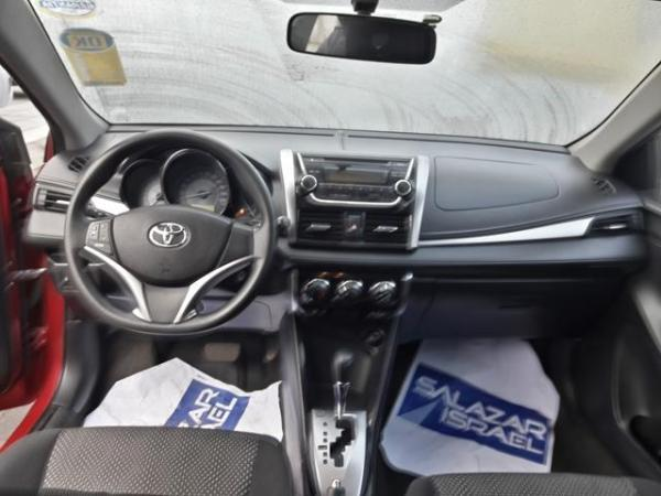 Toyota Yaris YARIS SEDAN GLI 1.5 año 2015