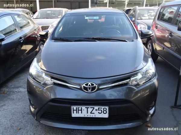 Toyota Yaris new yaris gli 1.5 ac año 2015