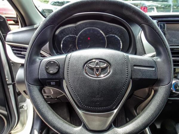 Toyota Yaris 1.5 AT año 2019