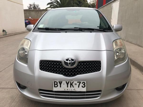 Toyota Yaris Sport 1.3 XLI año 2009