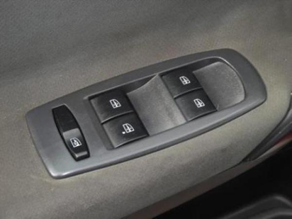 Volkswagen 17310 17-310 ~ XC-8250 año 2004