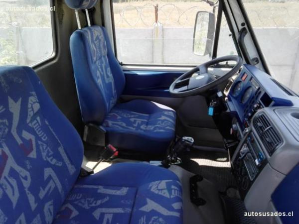 Volkswagen 24.250 Worker 31.260E traccion 6 año 2012