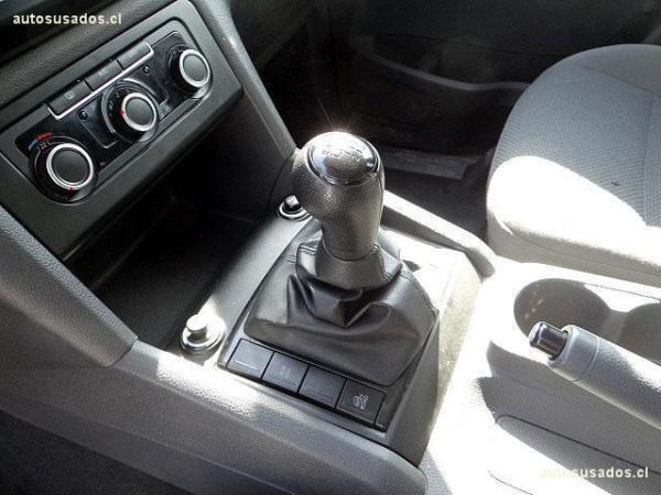 Volkswagen Amarok COMFORTLINE año 2013