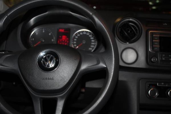Volkswagen Amarok TRENDLINE 4X4 AT año 2016
