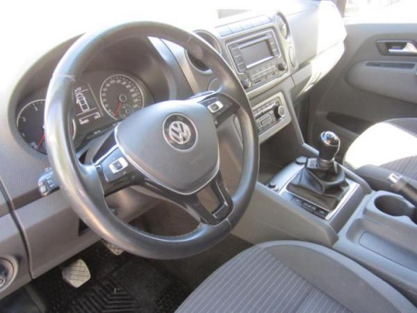 Volkswagen Amarok HIGHLINE 2.0 TDI MT 4X4 año 2017