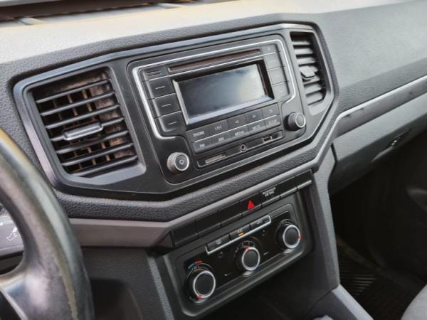 Volkswagen Amarok TRENDLINE 4X4 año 2019