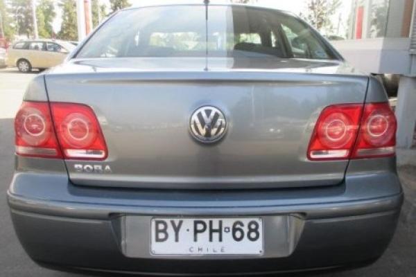 Volkswagen Bora A4 TRENDLINE 2.0 año 2009