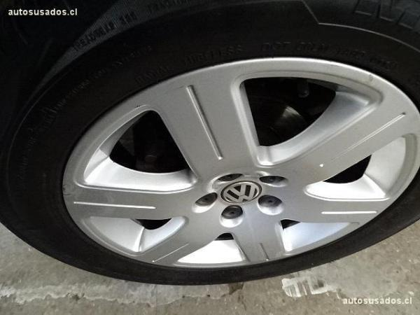 Volkswagen Bora TRENDLINE año 2010