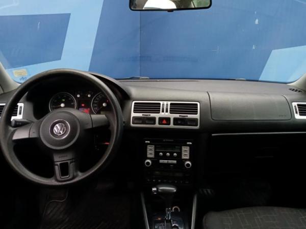 Volkswagen Bora 2.0 4X2 TRENDLIN año 2011