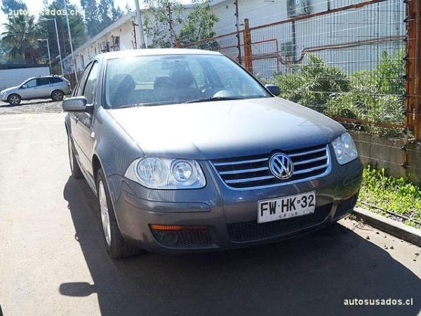 Volkswagen Bora 2.0 TRENDLINE año 2014