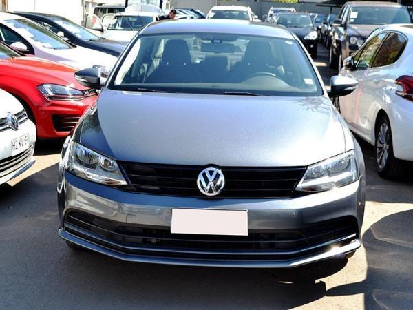 Volkswagen Bora  año 2016