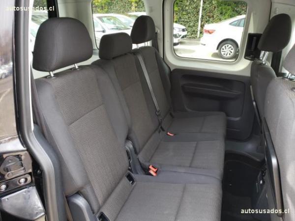 Volkswagen Caddy COMFORTLINE 1.6 MT TDI año 2017