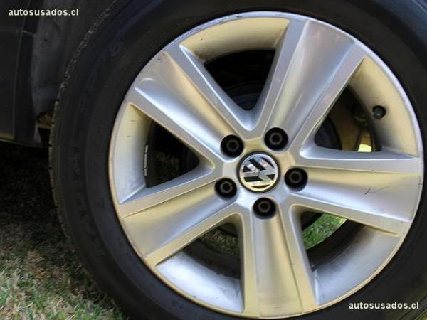 Volkswagen Crossfox 1.6 año 2011