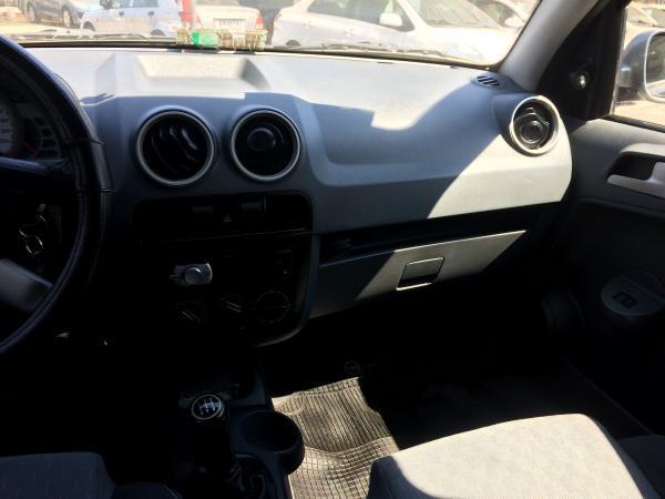 Volkswagen Gol CROSSOVER año 2008