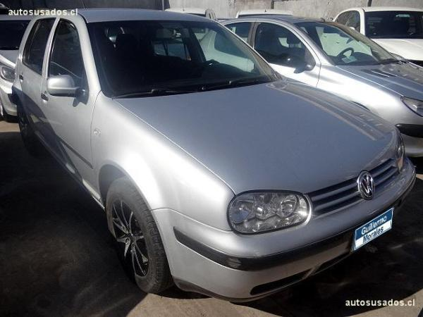 Volkswagen Golf A4 año 2004