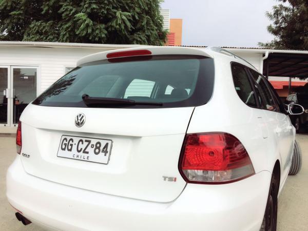 Volkswagen Golf Station Wagon 1.4 TSI año 2013