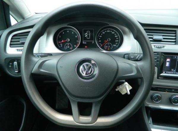 Volkswagen Golf HB año 2015