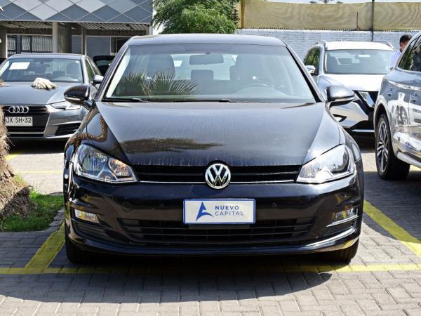 Volkswagen Golf MT año 2015